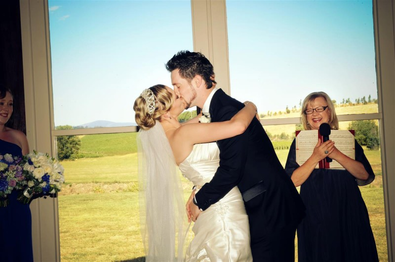 Megan_Blake_Vineyard-Wedding_013