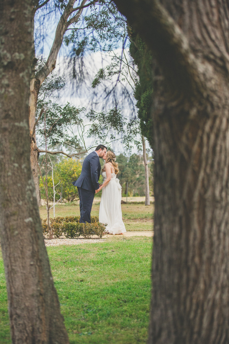 Kerryn_Randall_Country-Wedding_007