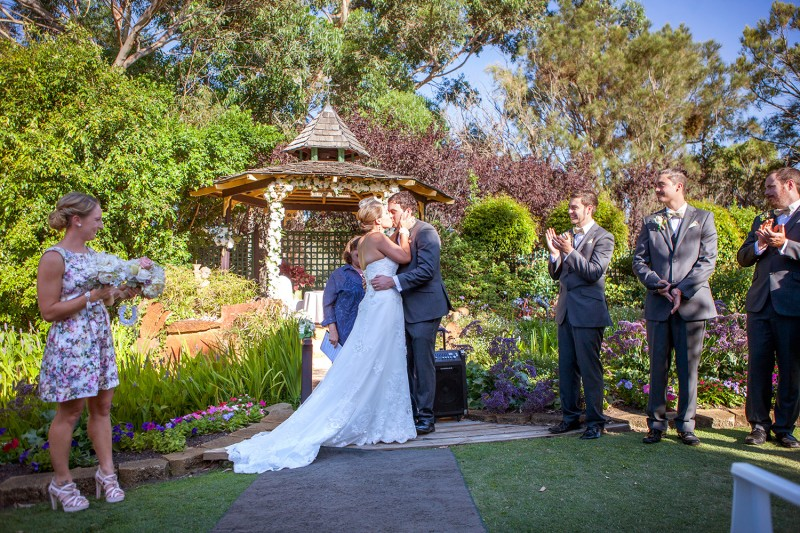 Kirra_Russell_Garden-Wedding_018