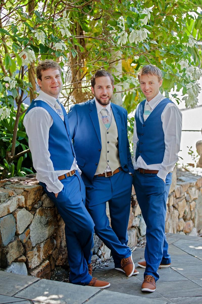 Laura_Matt_Whitsundays-Wedding_003