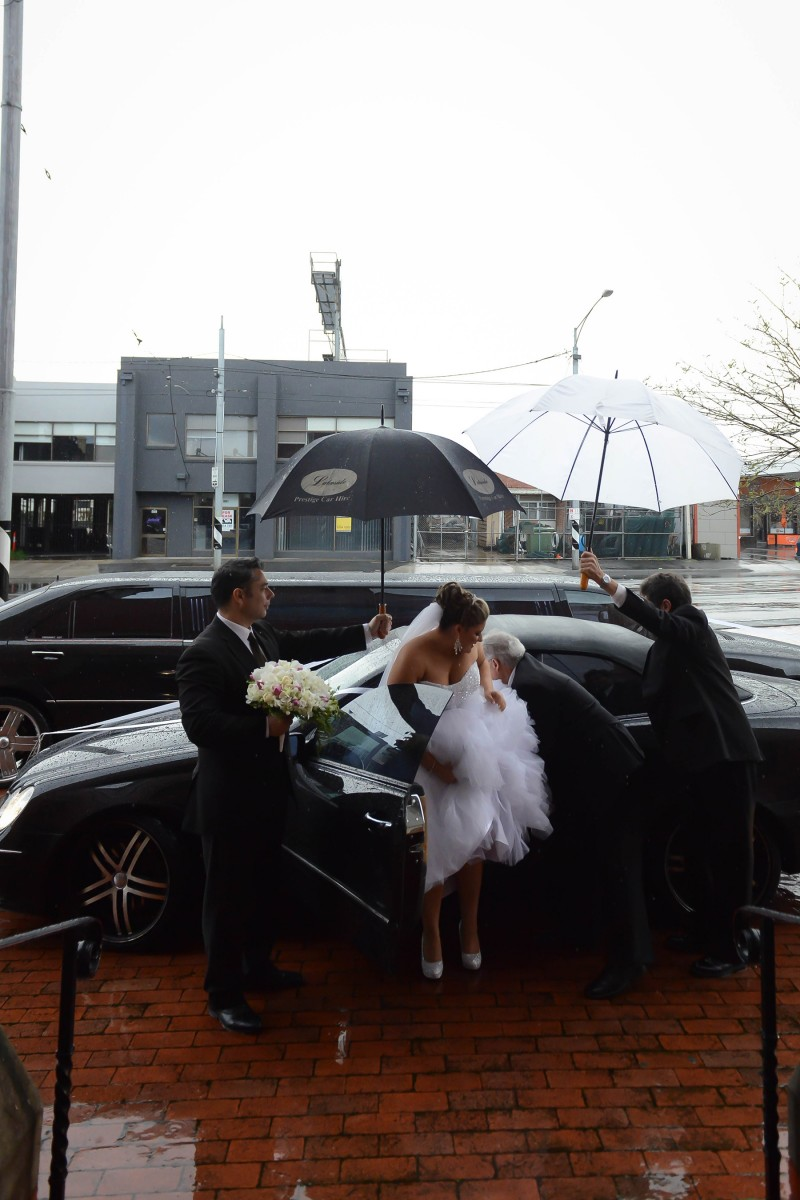 Laura_Stephen_Classic-Wedding_007