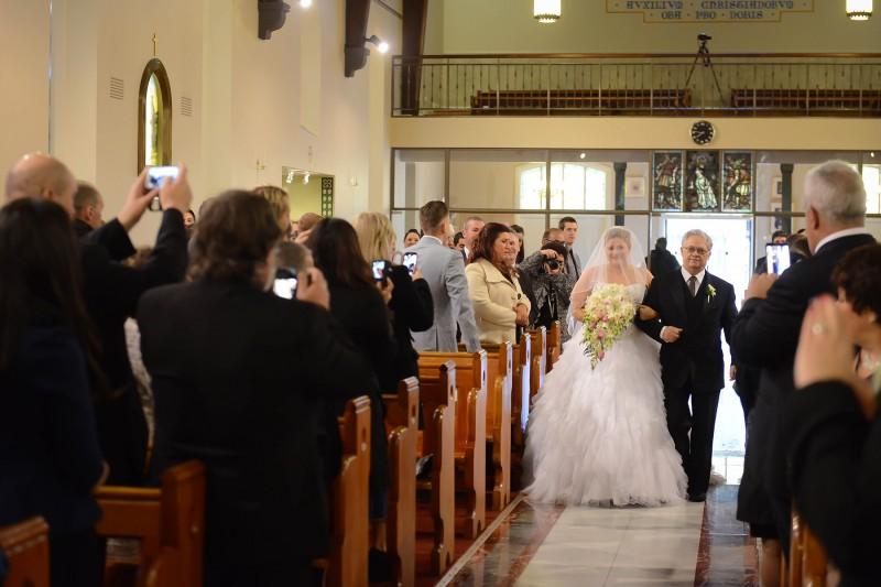 Laura_Stephen_Classic-Wedding_009