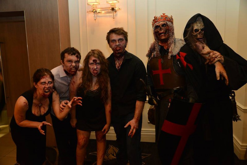 Rev_Ryan_Halloween-Wedding_044