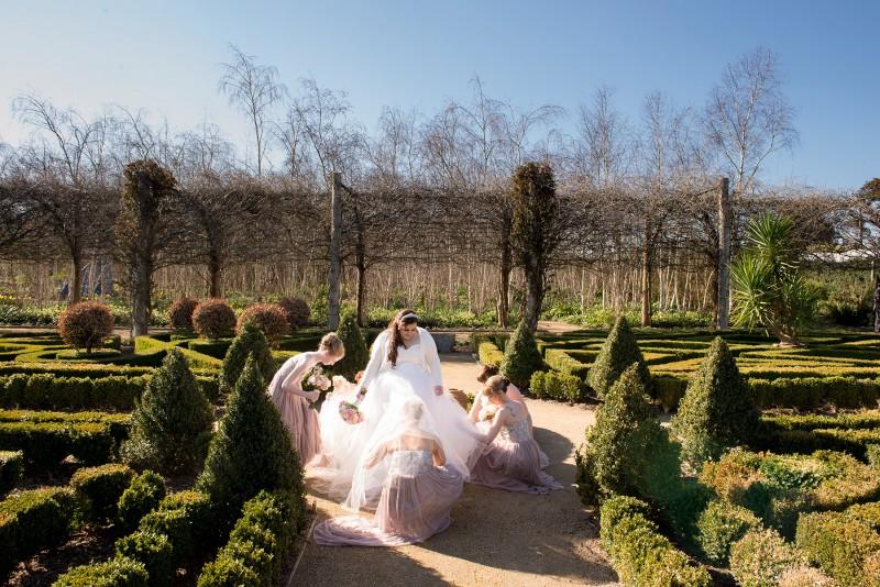 Victoria_Scott_Classic-Wedding_017