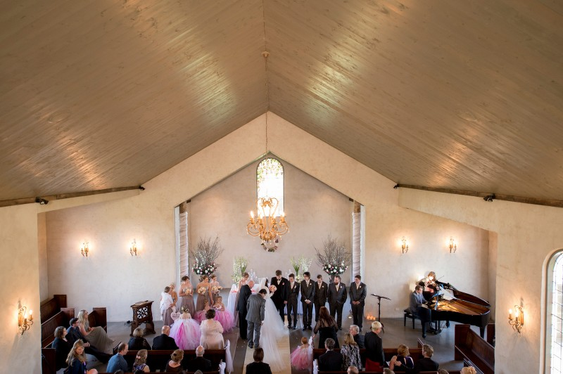 Victoria_Scott_Classic-Wedding_028