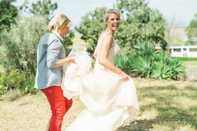 Deanna_Peter_Vintage-Country-Wedding_006
