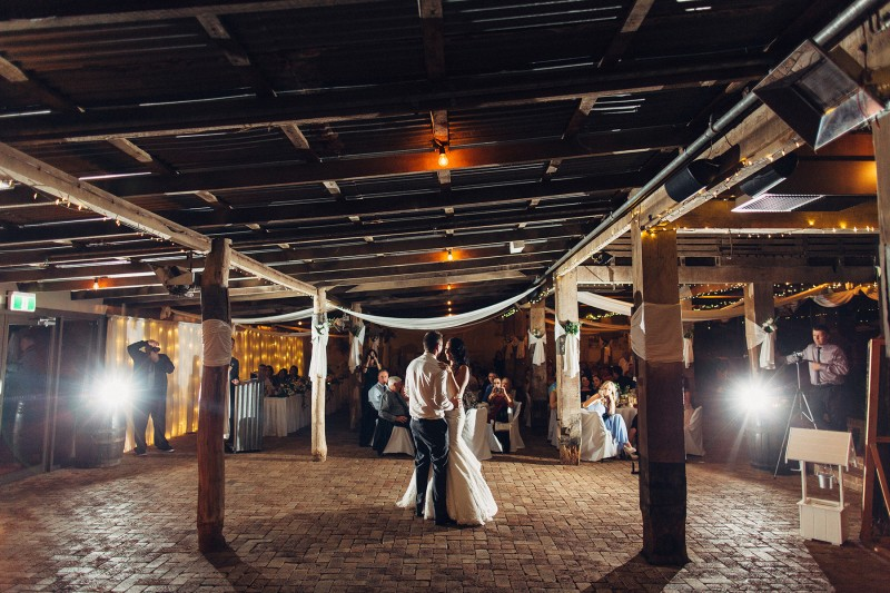 Elise_Troy_Rustic-Vintage-Wedding_029