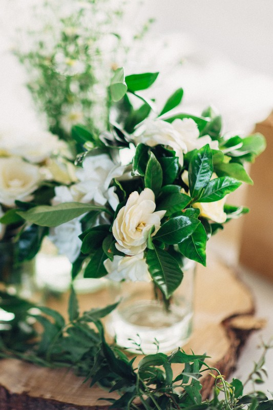 Elise_Troy_Rustic-Vintage-Wedding_SBS_016