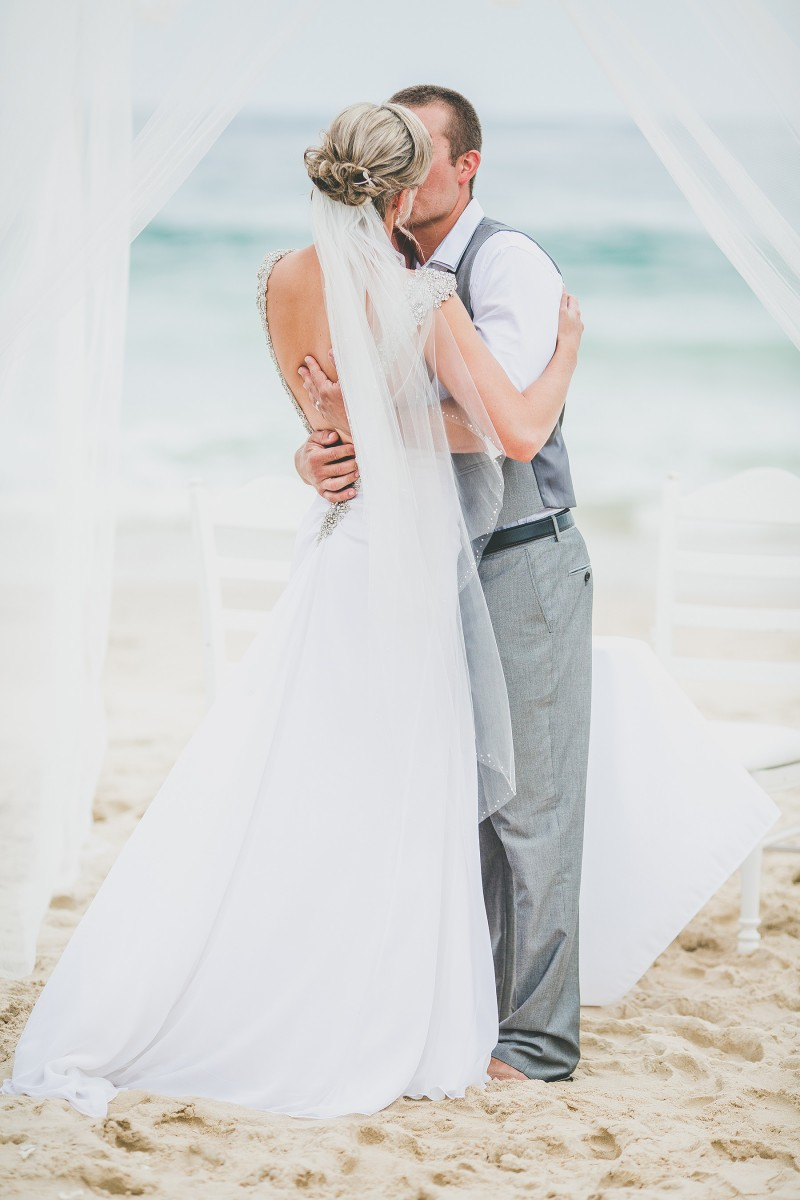 Kaylie_Patrick_Vintage-Beach-Wedding_024