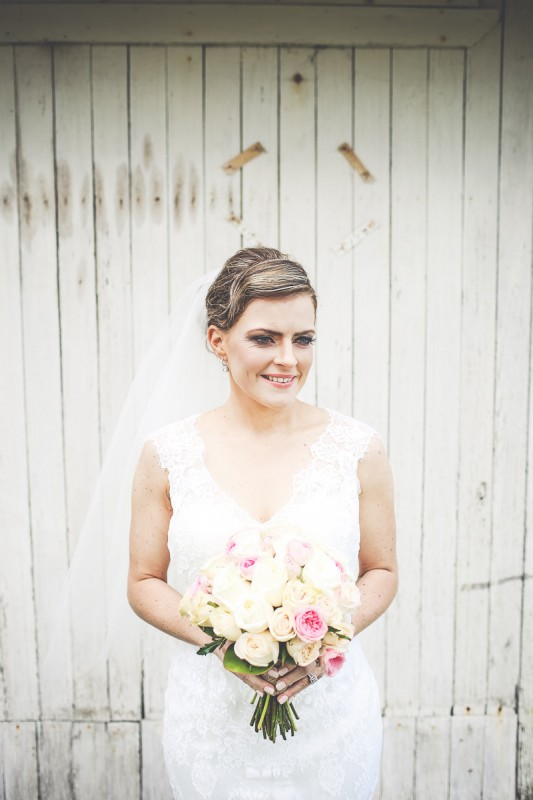 Laura_Nathan_Rustic-Vintage-Wedding_SBS_015