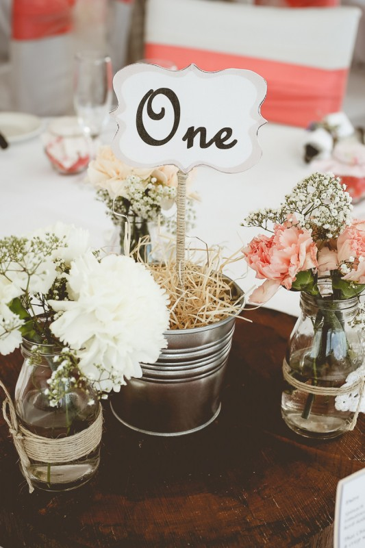 Laura_Nathan_Rustic-Vintage-Wedding_SBS_019