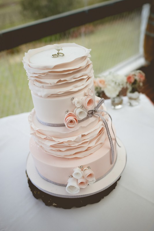 Laura_Nathan_Rustic-Vintage-Wedding_SBS_020