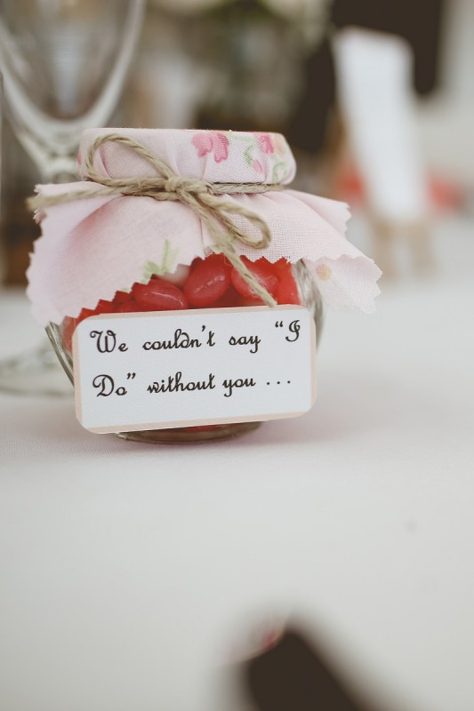 Laura_Nathan_Rustic-Vintage-Wedding_SBS_021