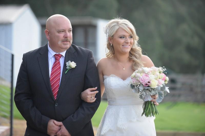 Lauren_Ben_Vintage-Pastel-Wedding_014