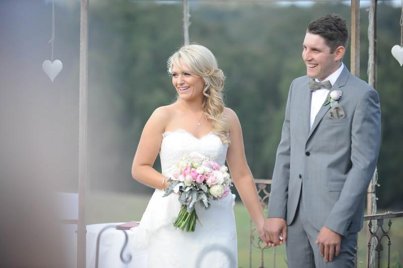 Lauren_Ben_Vintage-Pastel-Wedding_017
