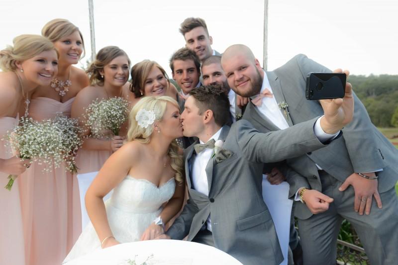 Lauren_Ben_Vintage-Pastel-Wedding_019