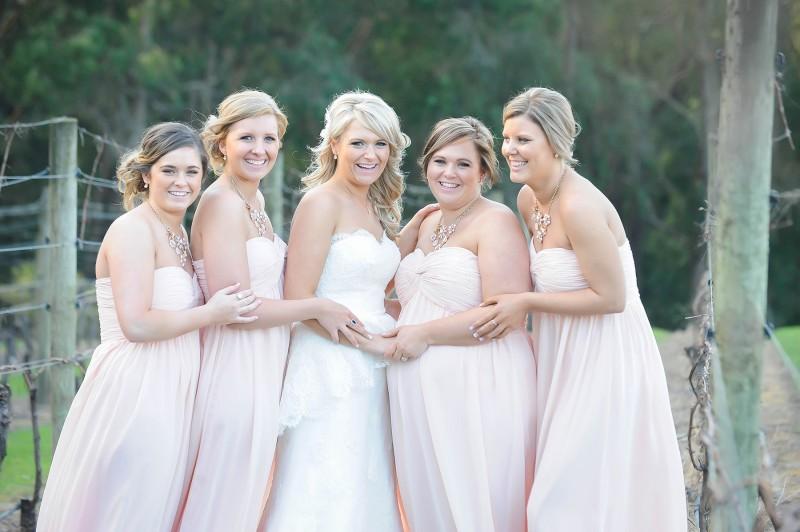Lauren_Ben_Vintage-Pastel-Wedding_024