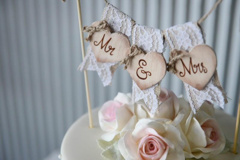 Lauren_Ben_Vintage-Pastel-Wedding_028