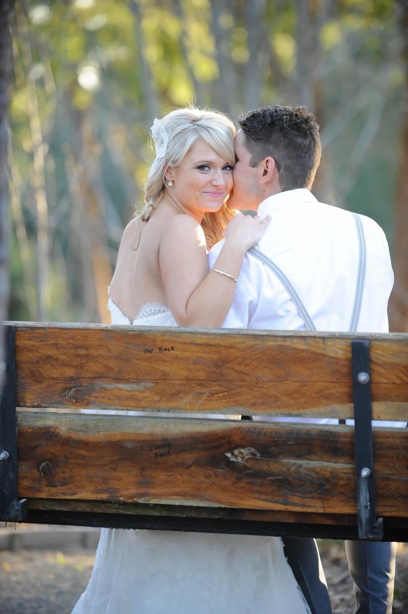 Lauren_Ben_Vintage-Pastel-Wedding_030