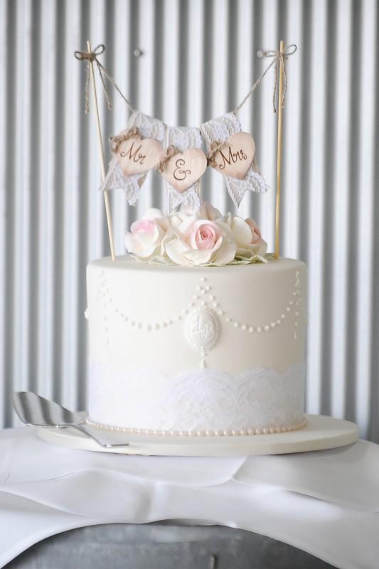 Lauren_Ben_Vintage-Pastel-Wedding_SBS_016