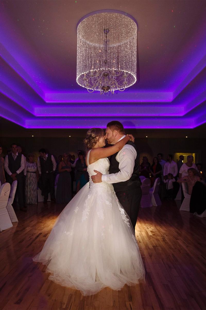 Nicole_Robin_Irish-Wedding_SBS_020
