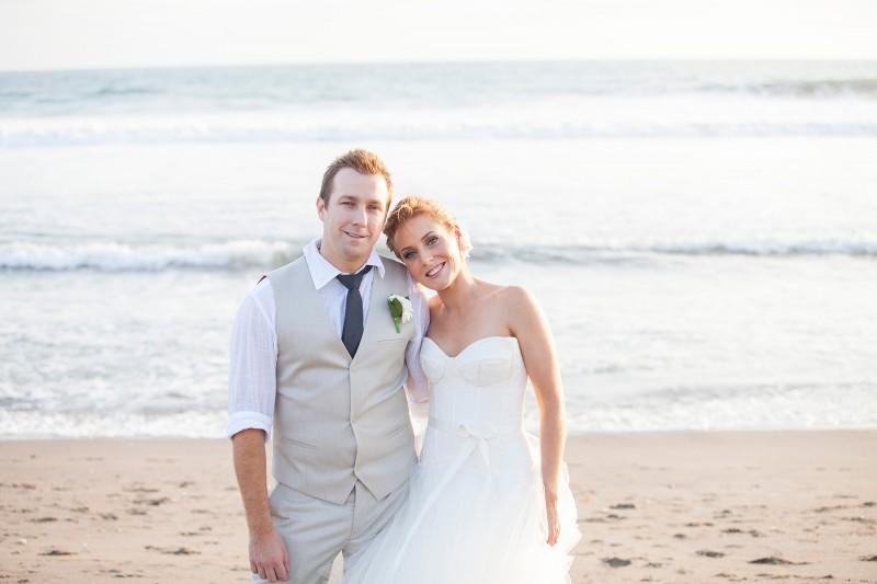 Robyn_Kevin_Rustic-Balinese-Wedding_026