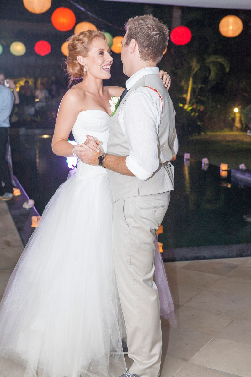 Robyn_Kevin_Rustic-Balinese-Wedding_047