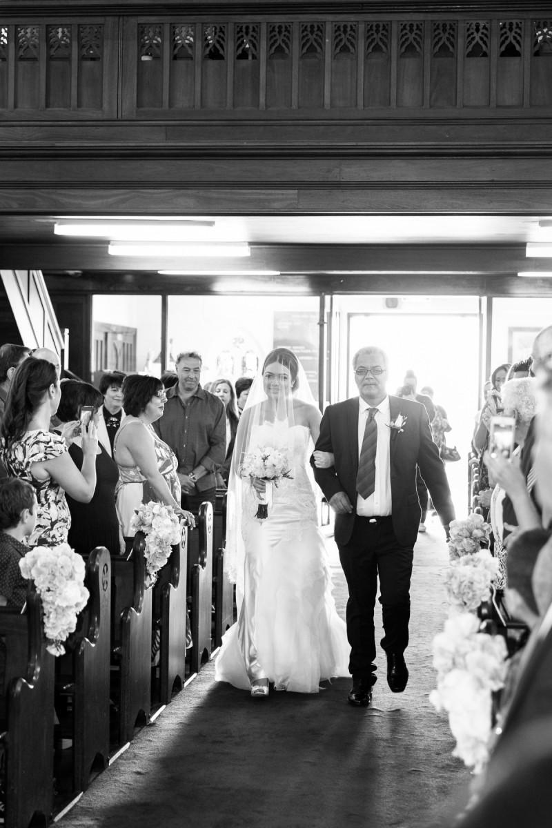 Carla_Anthony_Romantic-Vintage-Wedding_010