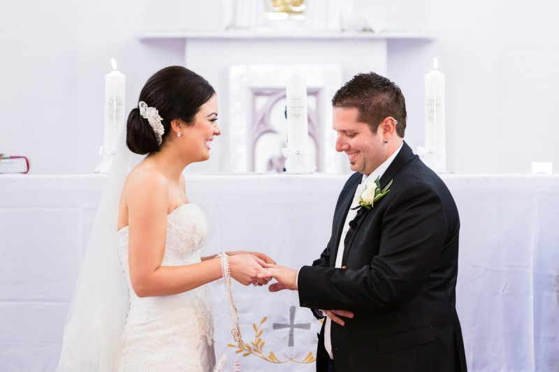 Carla_Anthony_Romantic-Vintage-Wedding_013