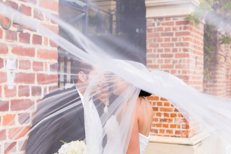 Carla_Anthony_Romantic-Vintage-Wedding_016