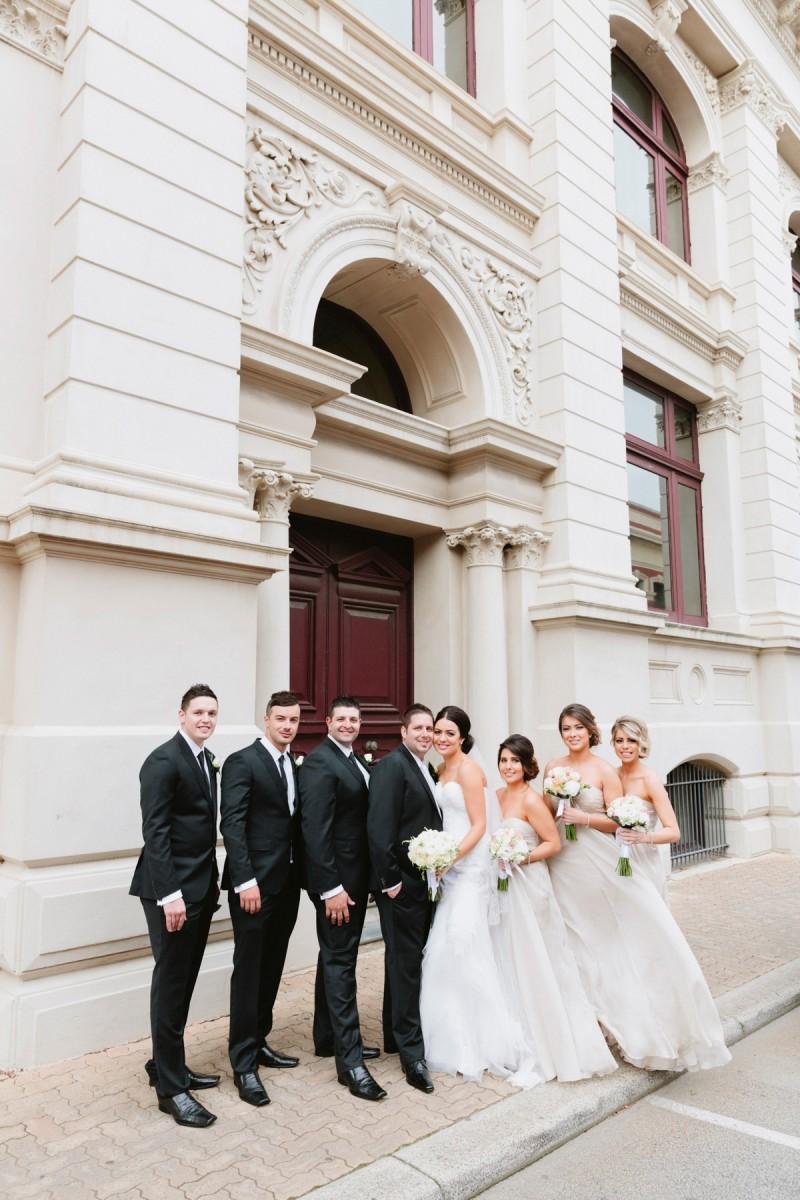 Carla_Anthony_Romantic-Vintage-Wedding_024