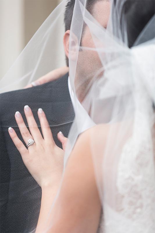 Carla_Anthony_Romantic-Vintage-Wedding_SBS_019