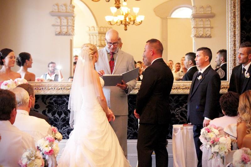Haley_Andrew_Classic-Wedding_015
