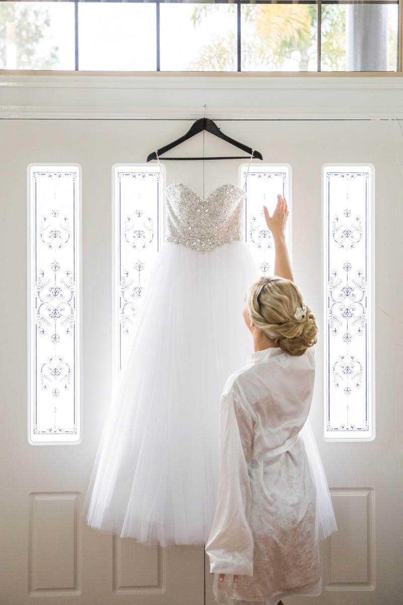 Vanessa_Matt_Elegant-Wedding_003