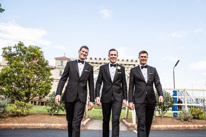 Vanessa_Matt_Elegant-Wedding_014