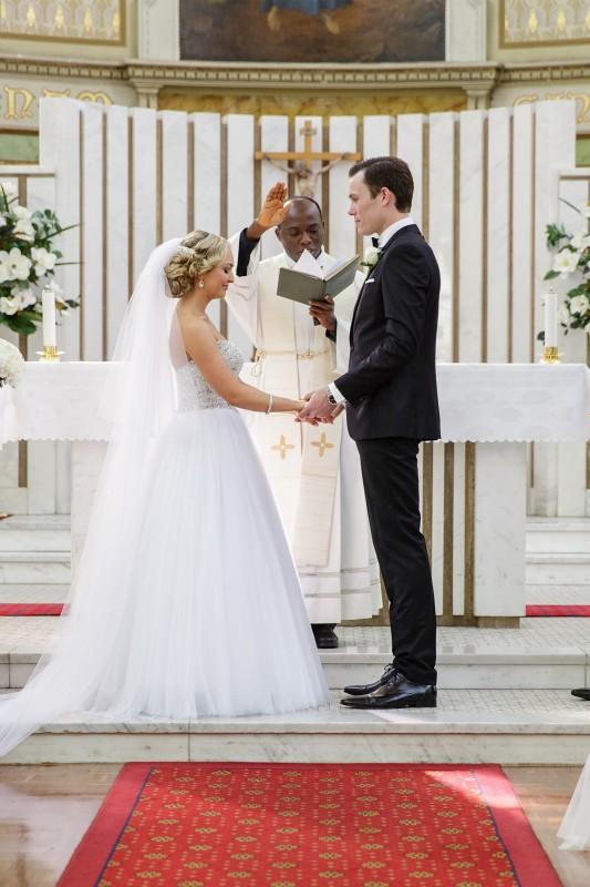 Vanessa_Matt_Elegant-Wedding_SBS_015
