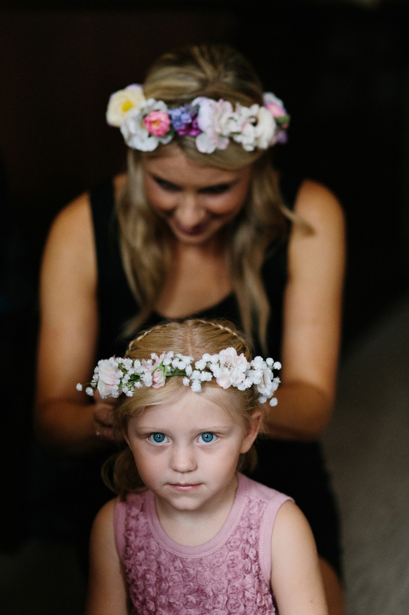 Alyce_Paul_Colourful-Country-Wedding_002