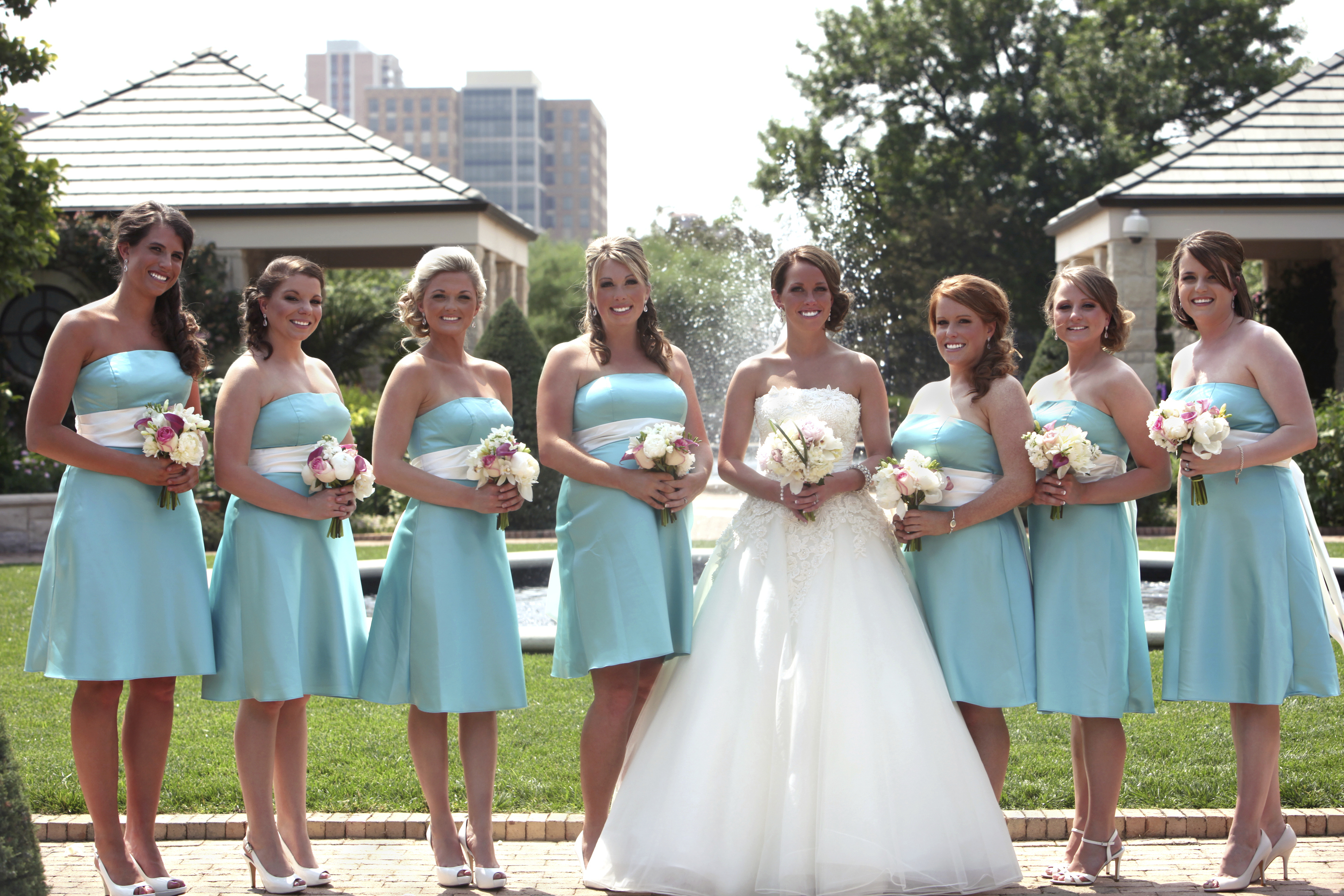 Bridesmaid dress tips - Articles - Easy Weddings
