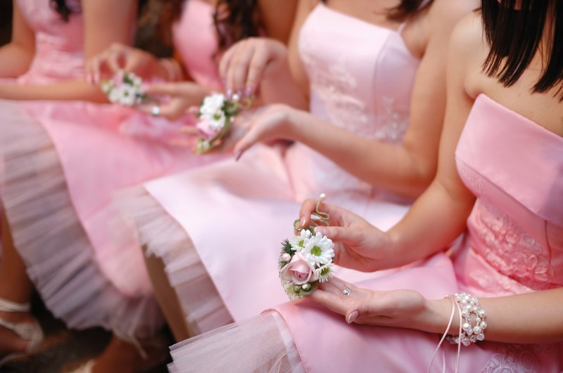 bridesmaids dress colours