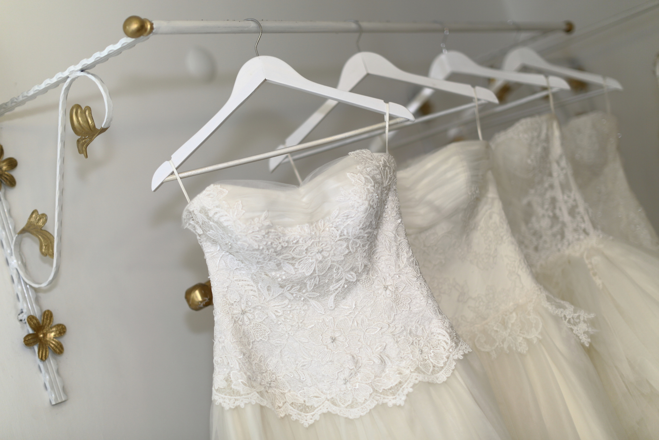 Selling your wedding dress - Articles - Easy Weddings