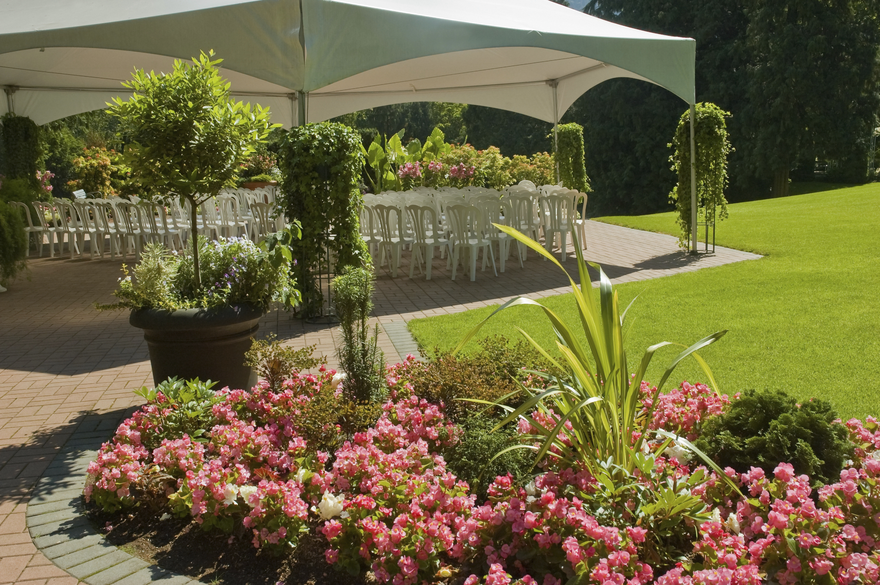 Garden Wedding Practicalities Articles Easy Weddings