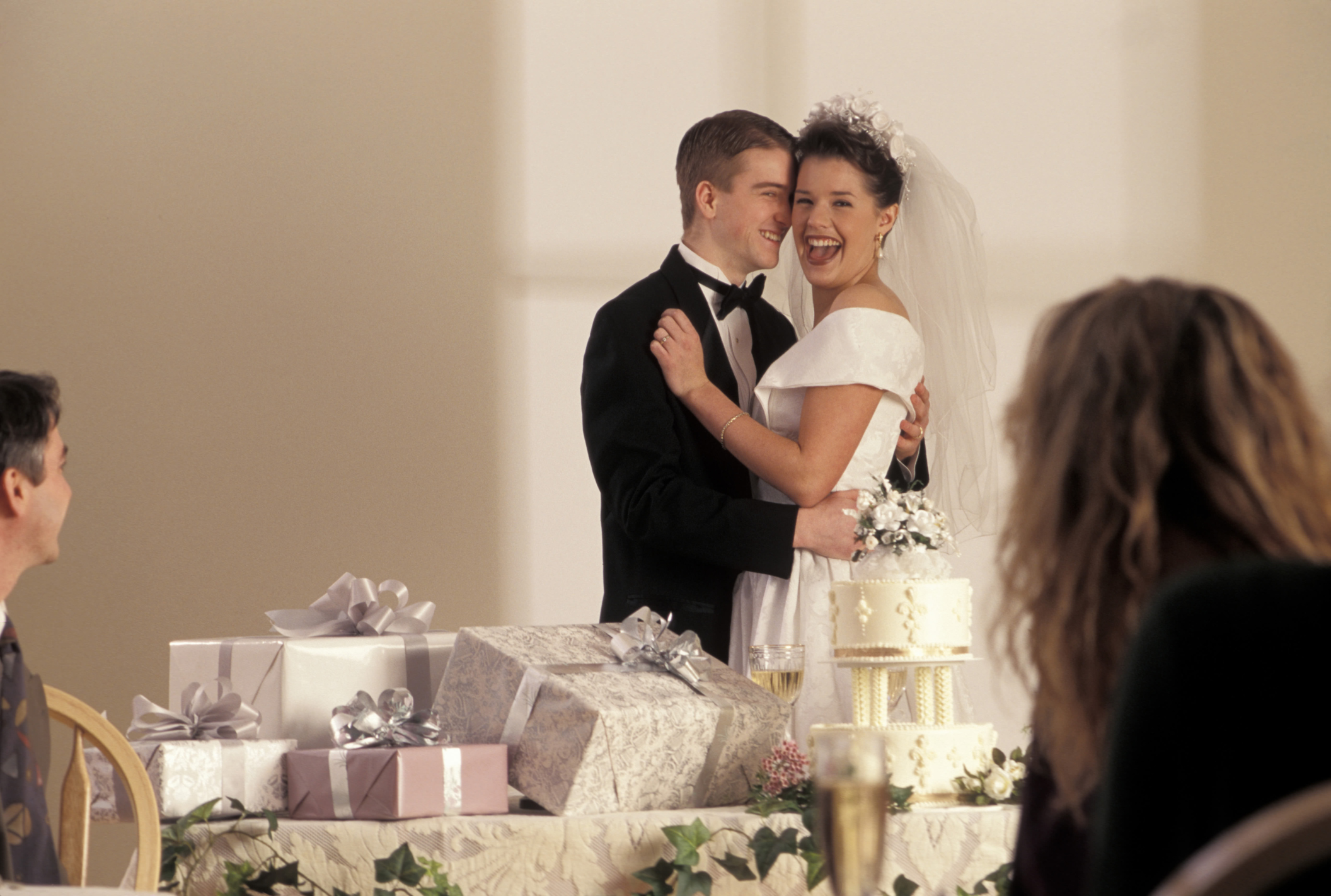 choosing your wedding gift list supplier articles easy weddings