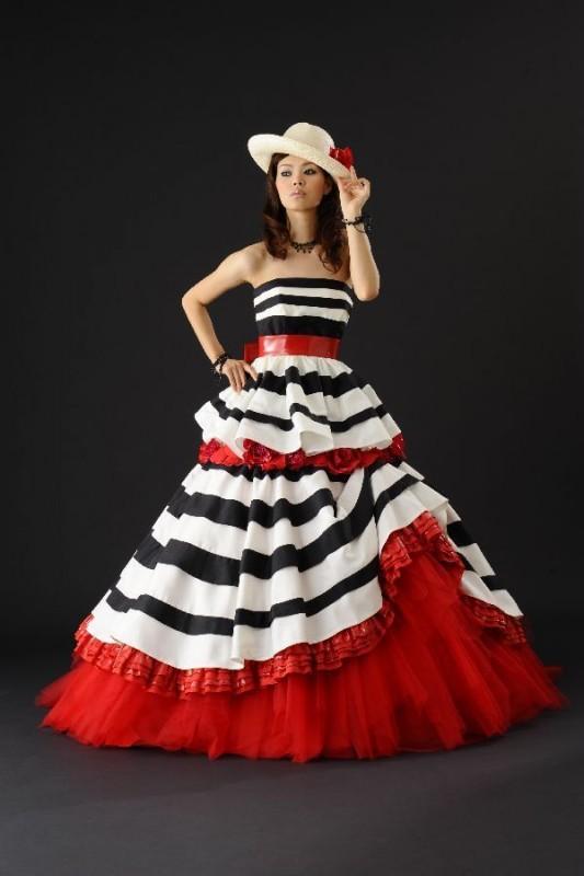 Source: Wedding Dress Fantasy