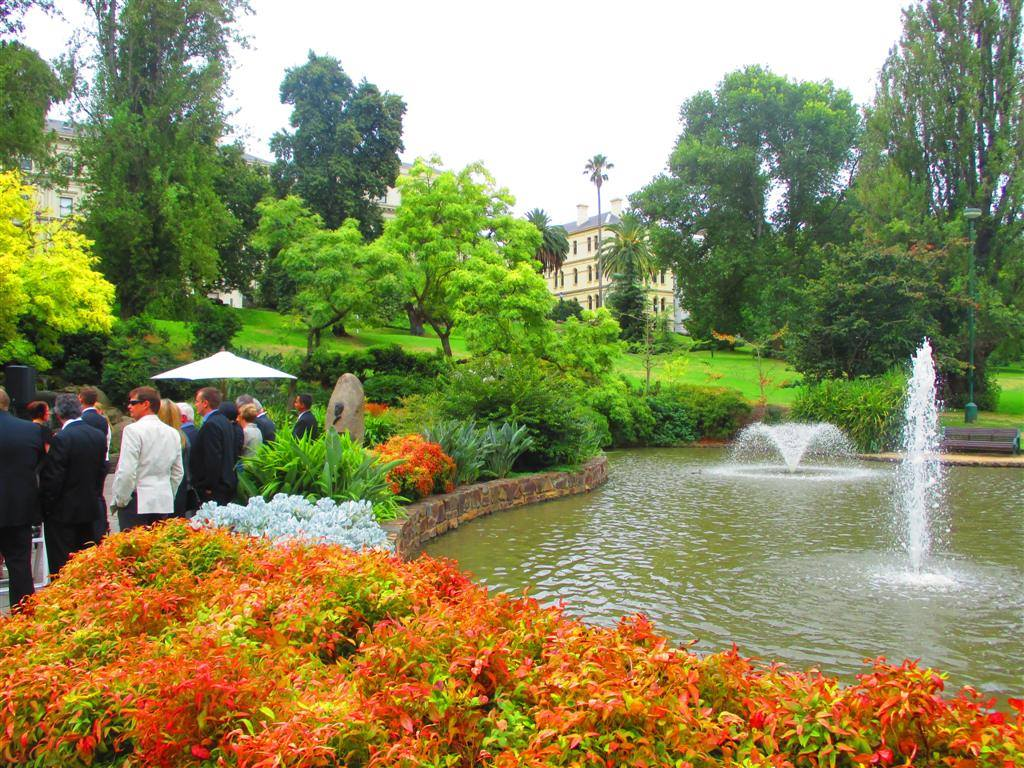 Treasury gardens garden locations for Gardening tools melbourne