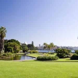 Maiden Pavilion & Band Lawn - Royal Botanic Gardens