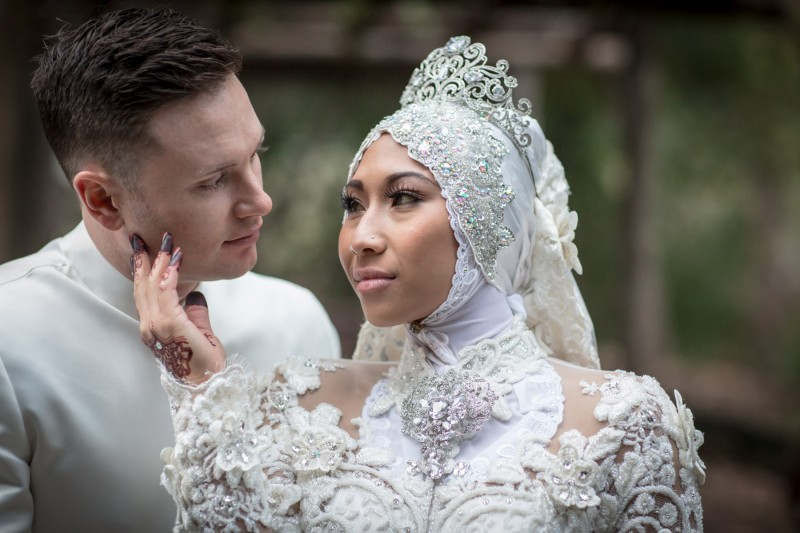Fresh And Exciting Ideas For Entering Your Wedding: Siti & Justin Celebrate In Style With Traditional Malay
