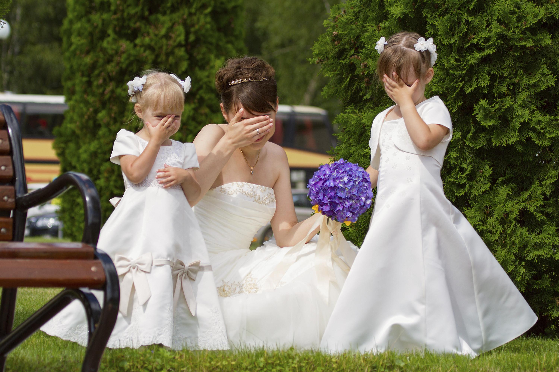 e731d933527 Flower girl tips  duties of a flower girl - Articles - Easy Weddings