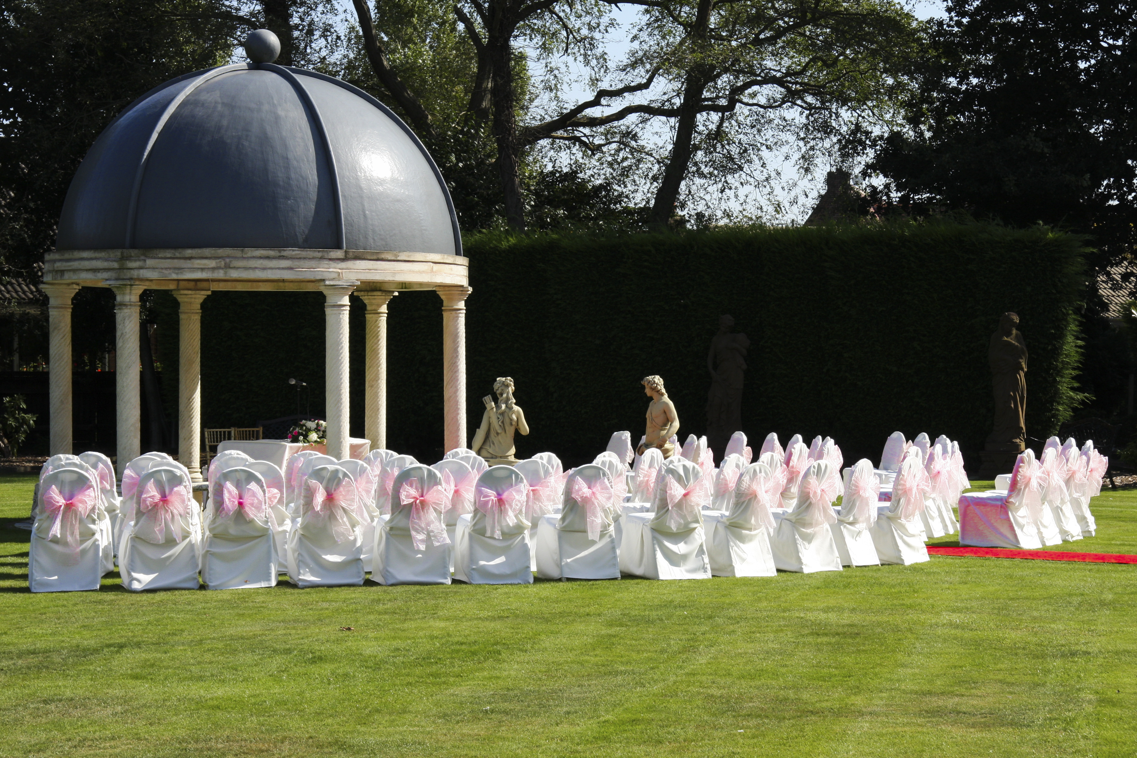Outdoor Wedding Ideas Tips From The Experts: Garden Wedding: Tips For A Beautiful Wedding